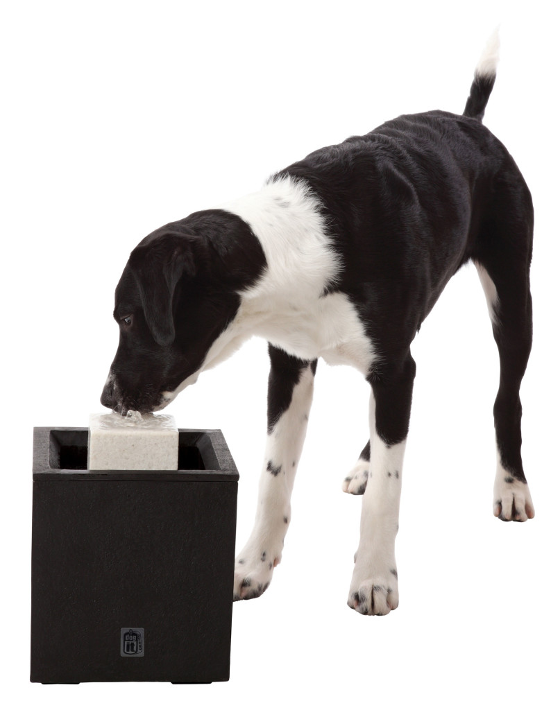 Dogit Design Alfresco Outdoor Pet Drinking Fountain, Hagen
