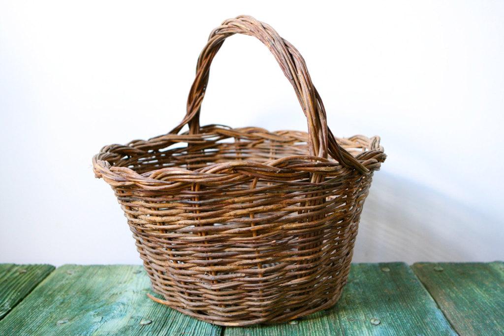 Vintage Italian wicker basket, Etsy