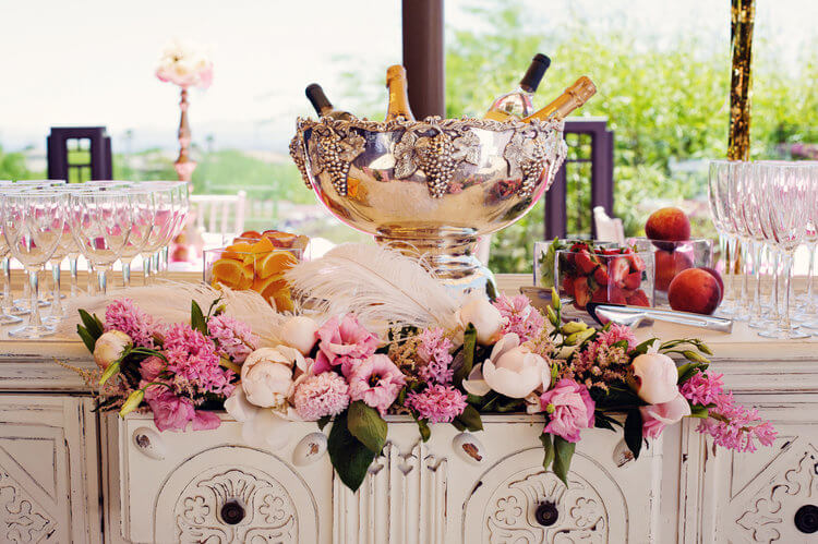 Top 5 Bridal Shower Themes to Fit Any Bride's Style!