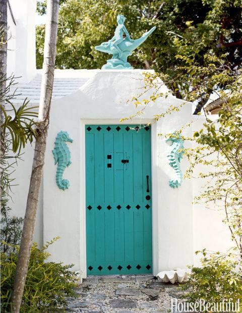 gallery-1430247734-hbx-turquoise-front-door-1108