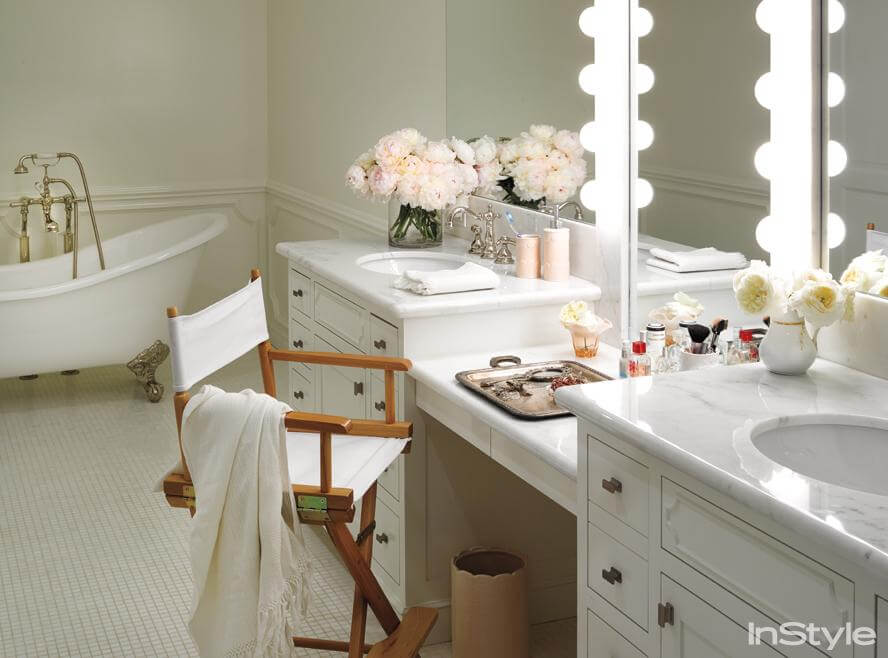 Vanity Tables Do Double Duty